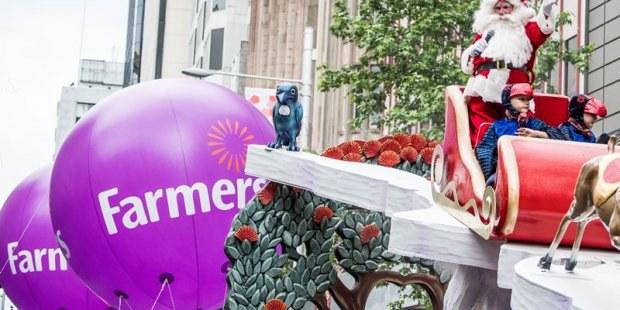 2017-farmers-santa-parade