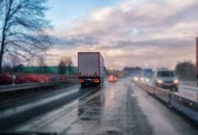 新西兰的大客车司机技术高还是卡车司机技术高?