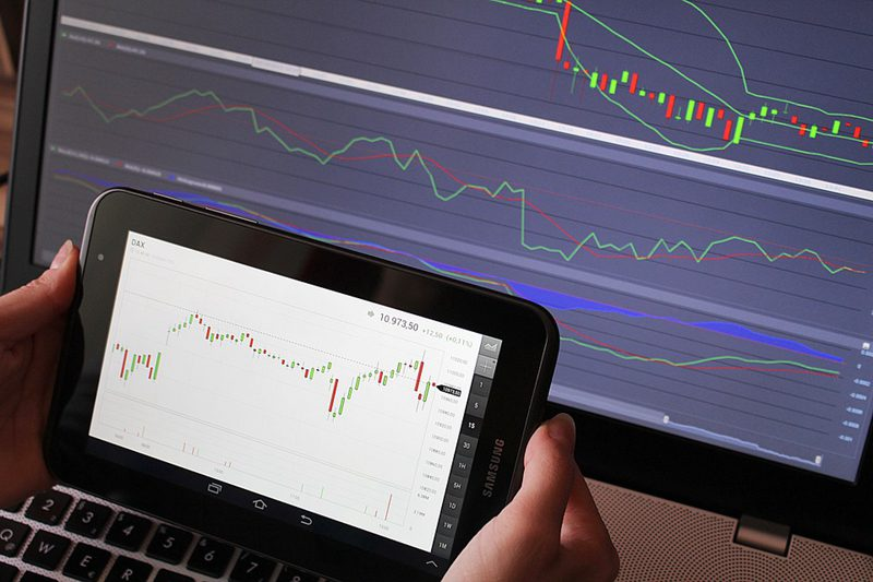 forex-exchange-chart-tablet
