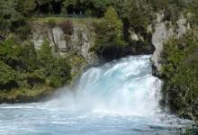 新西兰胡卡瀑布Huka Falls