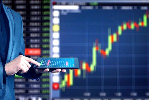 kiwi-dollar-spikes-after-rbnz-keeps-ocr-20191113