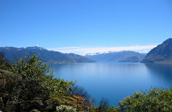 lake-hawea