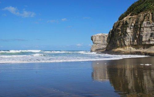 muriwai-beach5