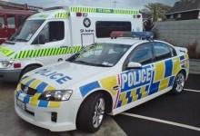 新西兰道路上如何为消防车救护车警车让道