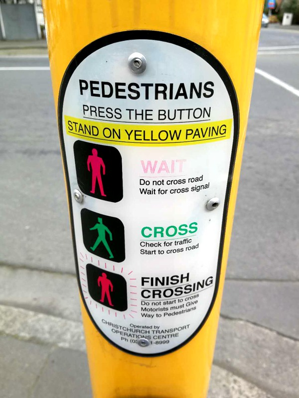 pedestrians-traffic-light