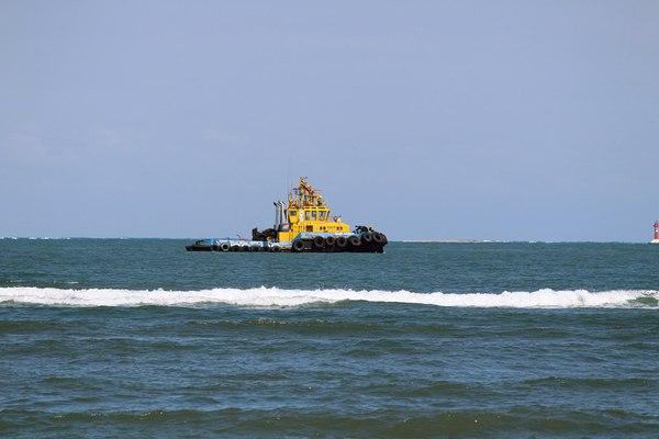 port-tug