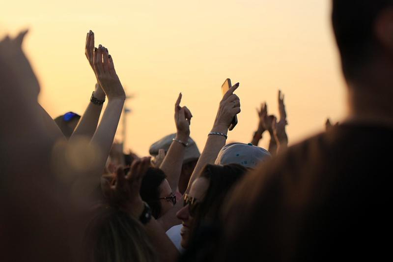 public-gatherings-still-ok-20200307