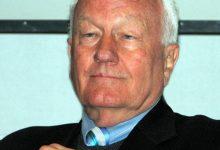 新西兰政治家罗杰·道格拉斯爵士 Sir Roger Douglas