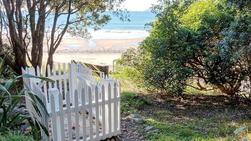 新西兰最古老的水手墓 Sailors Grave