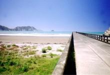 新西兰北岛东部风景胜地Tolaga Bay