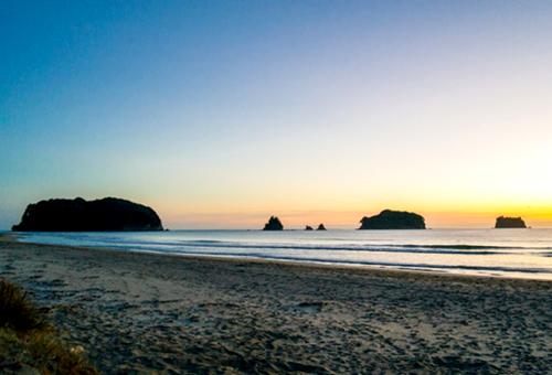 whangamata-beach